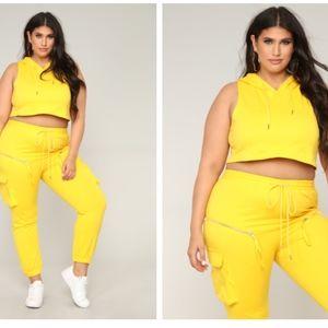 Fashion Nova Active Set - Yellow